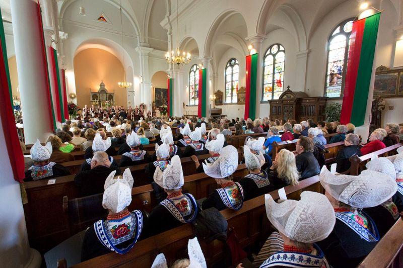 <strong>Korenfestival Edam</strong><br><p>In de RK Kerk in Edam met wel 20 koren en honderden bezoekers!</p>
