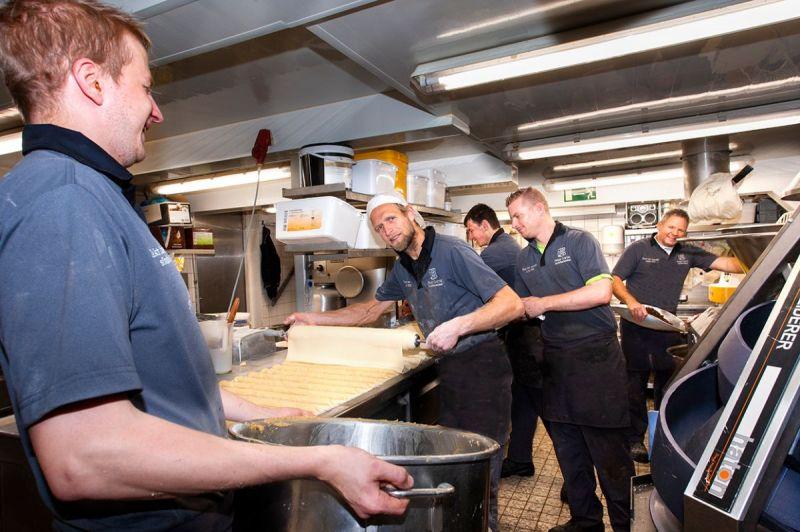 <strong>Bakkerij Gorter</strong><br><p>De bakkerij van Peter Gorter maakt een enorme groei door en heeft meer ruimte nodig.</p>