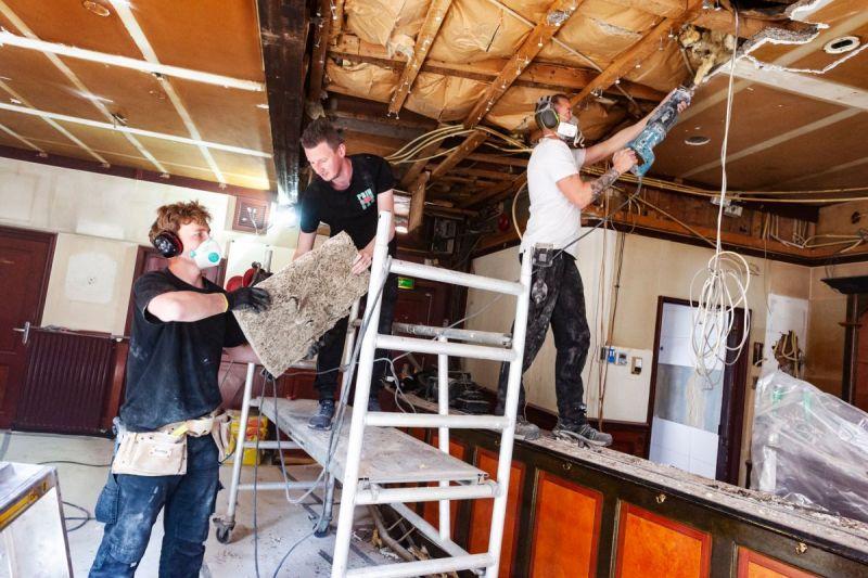 <strong>Prinsenbar verbouwing Swen(met een w) Terwijn, Sonny de Graaf, Tim de Wit</strong>