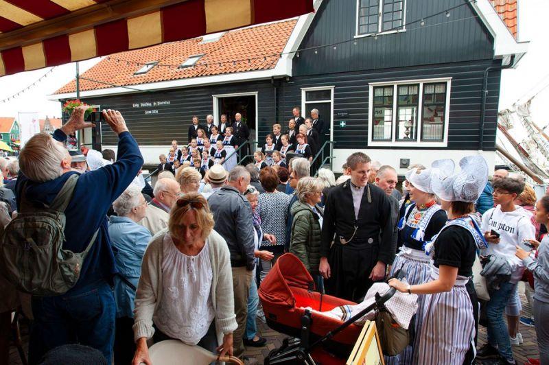 <strong>Volendammerdag 1</strong>